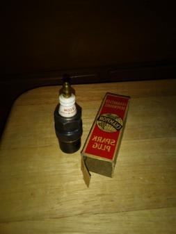 Vintage 3 COM Champion Spark Plug NOS in Box